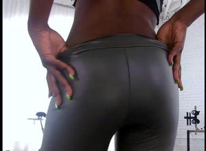 Spunky ebony honey gives cool oral..