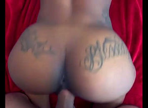 Tatted ebony girl gets doggie-style..
